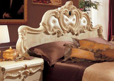 Barocco elefántcsontszínű ágy