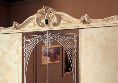 Barocco elefántcsontszínű szekrény