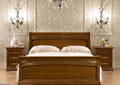 Torriani diószínű ágy lábvéggel