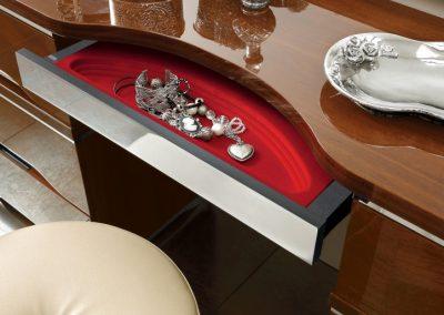 Mátrix fésülködő asztal