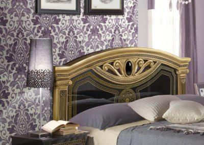 Giulia fekete-arany ágy éjjelivel