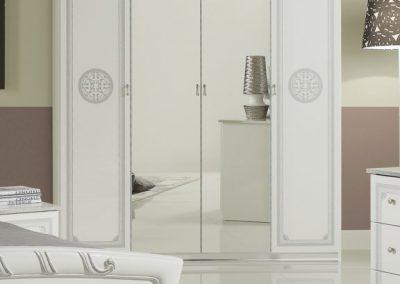 Gréta fehér 4 ajtós szekrény