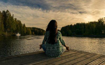10 jóga póz a kiváló alvásért